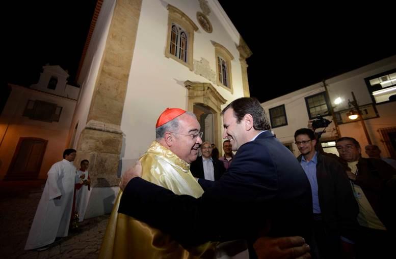 Cardeal Dom Orani João Tempesta e prefeito Eduardo Paes participaram da missa de reinauguração/ J.P. Engelbrecht