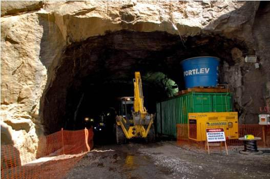 Túnel da Rede Ferroviária Federal, que já existia mas estava desativado, passará por reparos e servirá para passagem do VLT